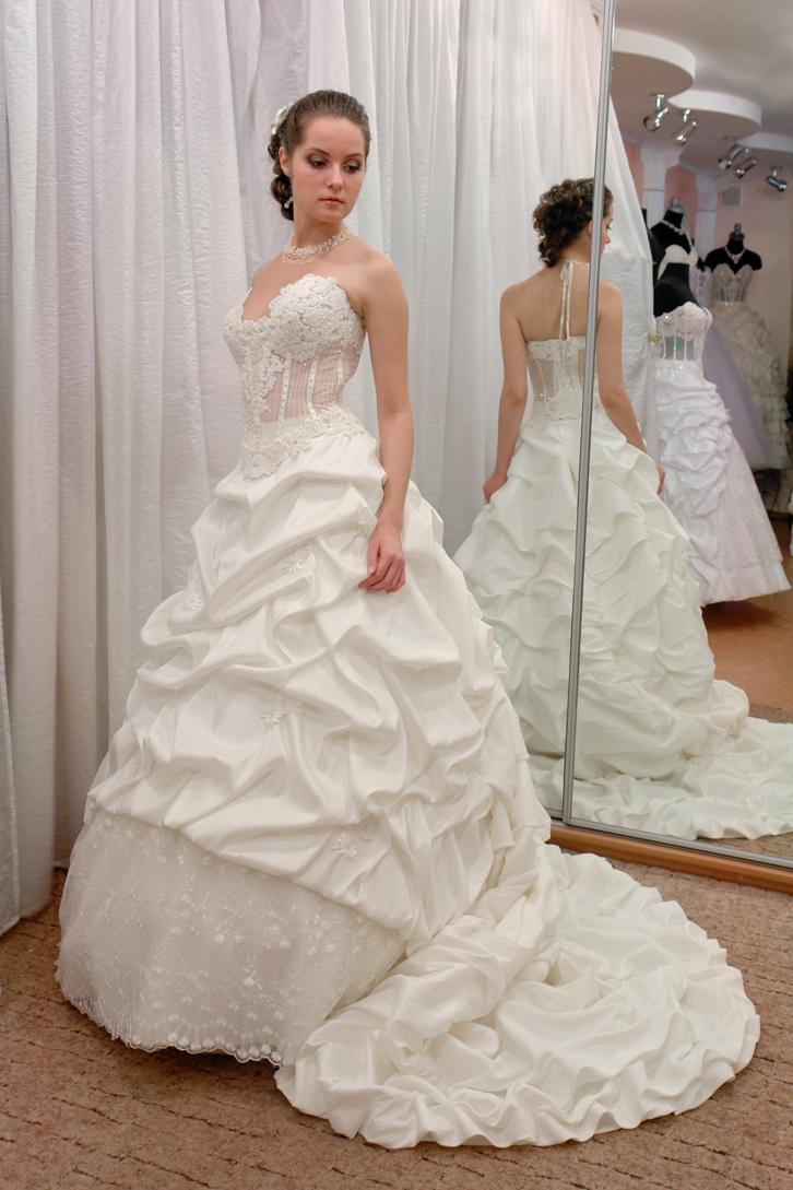 Свадебные Платья На Прокат В Казани Цена И Фото